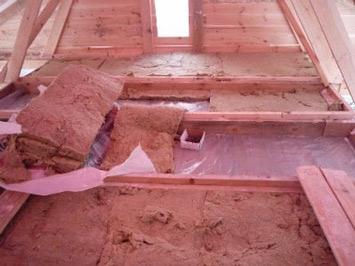 Теплоизоляция потолка бани. Защитит от конденсации, поможет продлить срок службы всей постройки